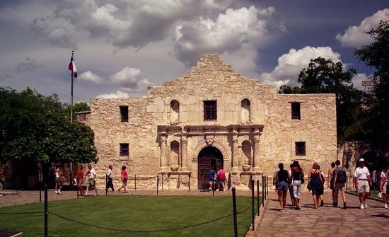 View of the outside of the Alamo in San Antonio. | Week in San Antonio, Texas