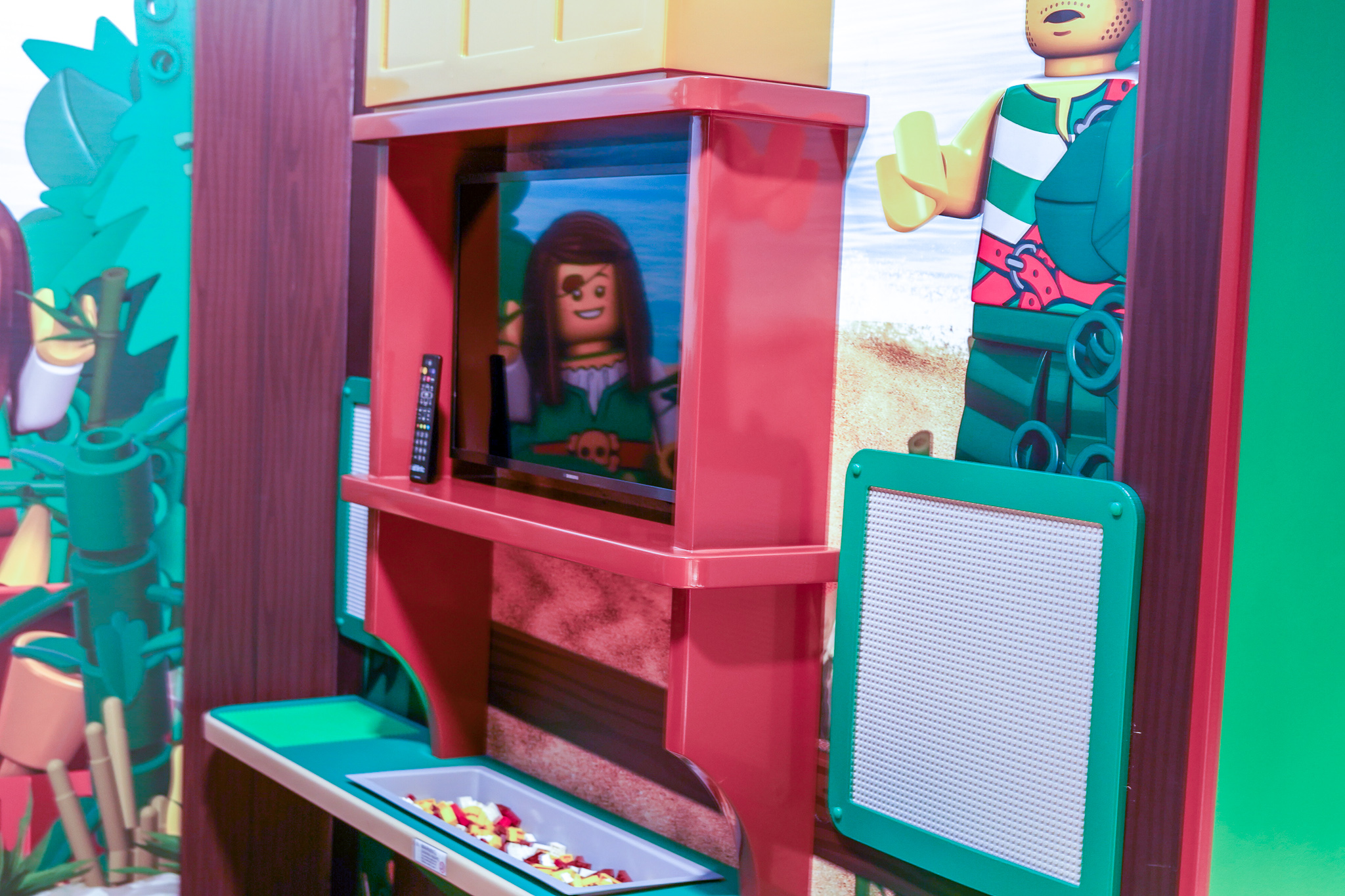 Play lego table in the hotel.   A Guide to LEGOLAND Hotels in Florida